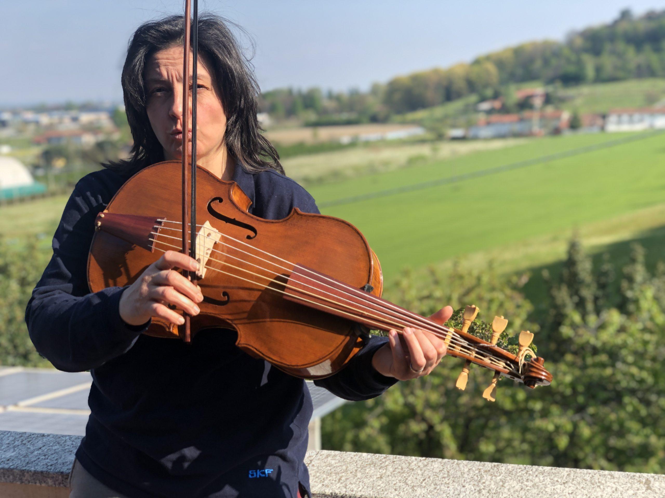 Violoncello da spalla modello Wagner Borstendorf daniela gaidano