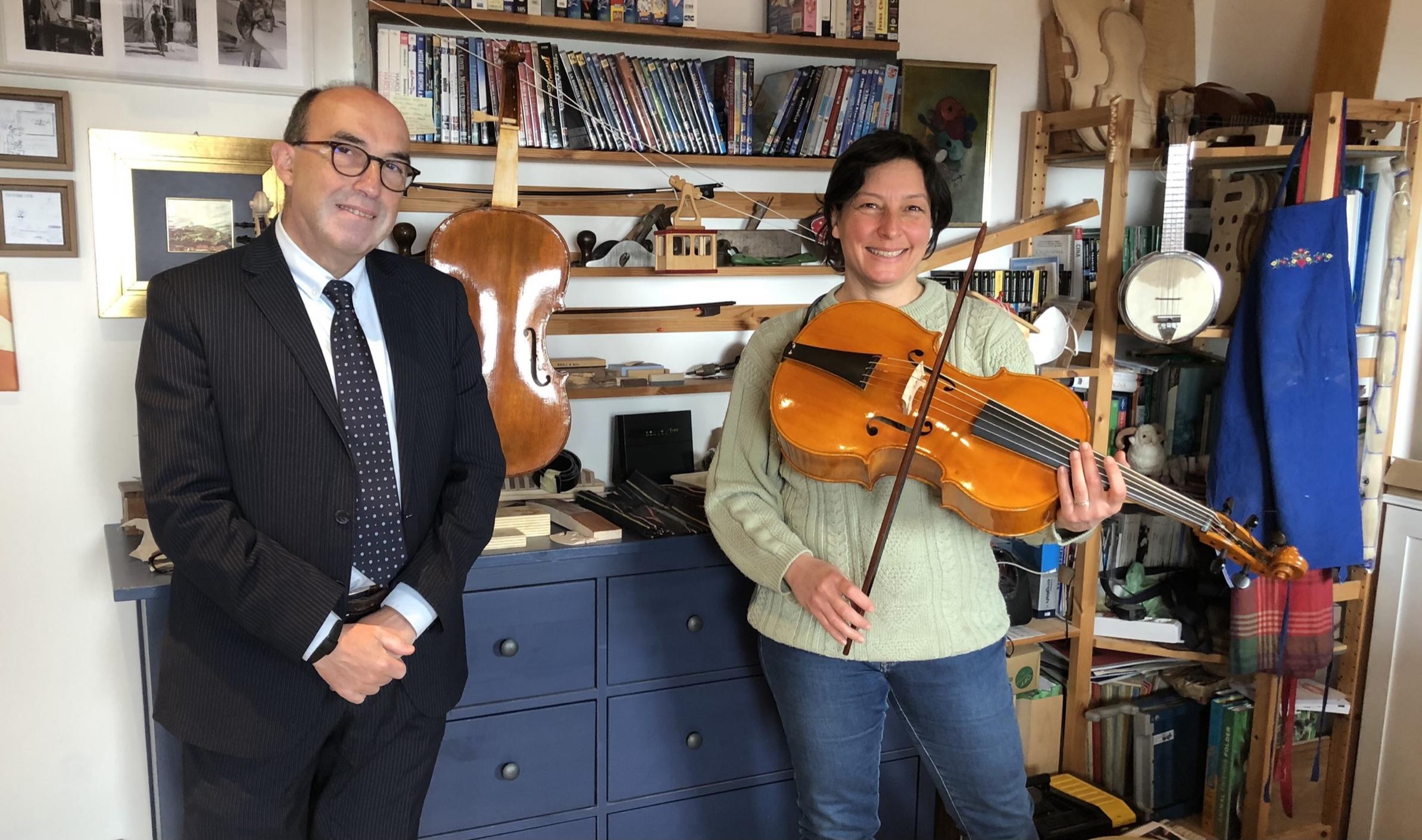 giacomo Fornari e Daniela Gaidano nel laboratorio di visintini gaidano